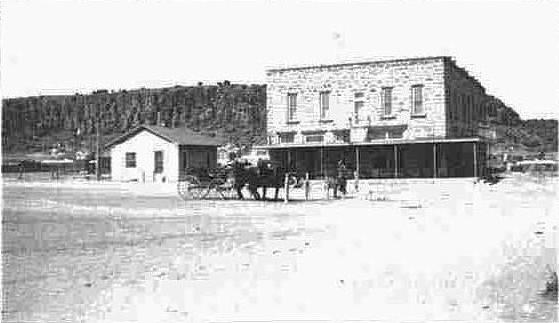 historic hotel limpia fort davis