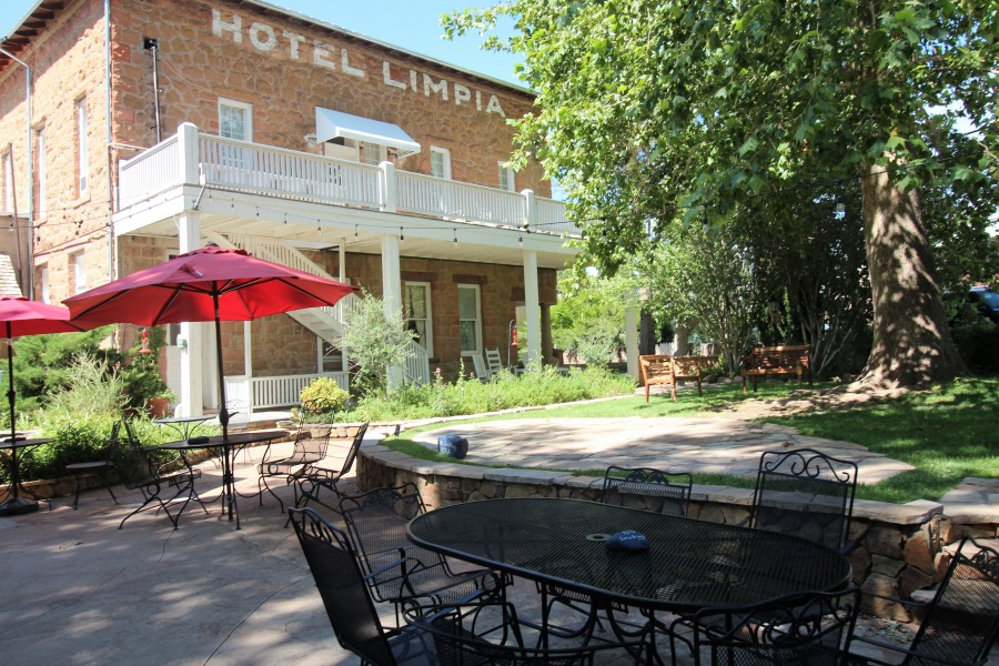 Hotel Fort Davis Texas | Davis Mountains Accommodations