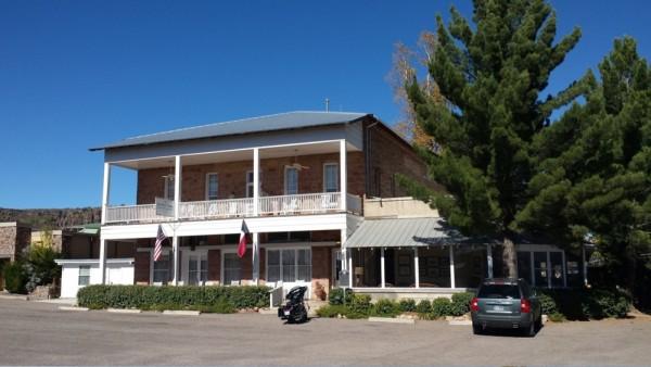 Historic Hotel Limpia Hotel Rooms Fort Davis