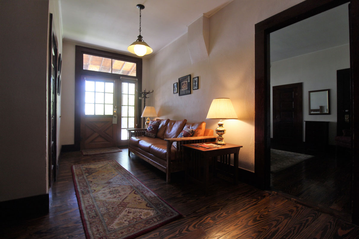Orchard house Suites